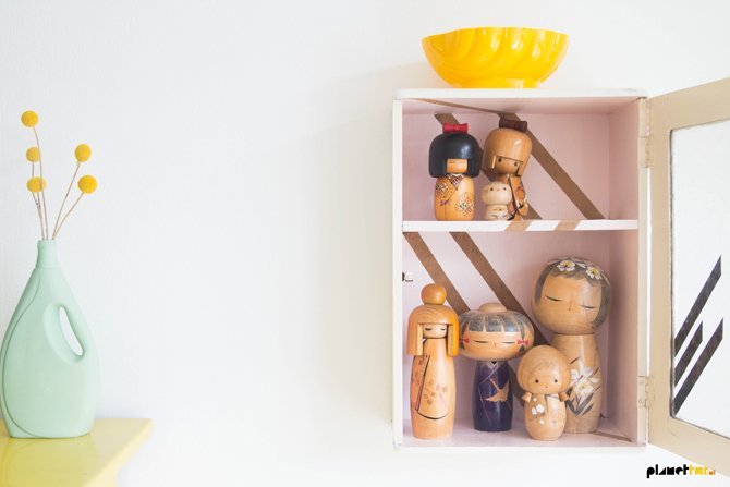 Kokeshi dollhouse