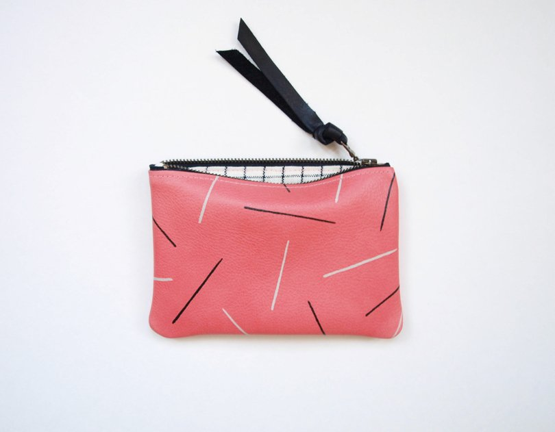 memphis style etsy finds - kertis - lines pouch