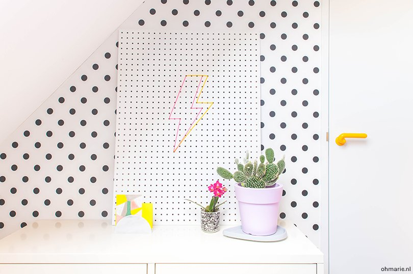 DIY neon sign - Oh Marie!