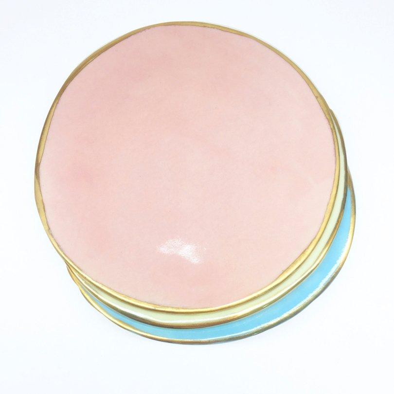 LavallierEmporium - pink porcelain plate - Etsy